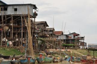 Cambodia, Kompong Pluk